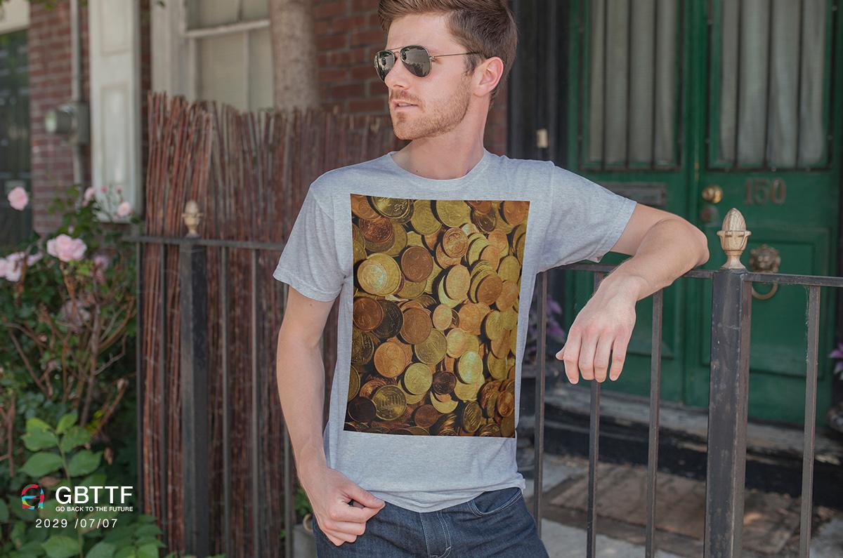 Tシャツ未来お金
