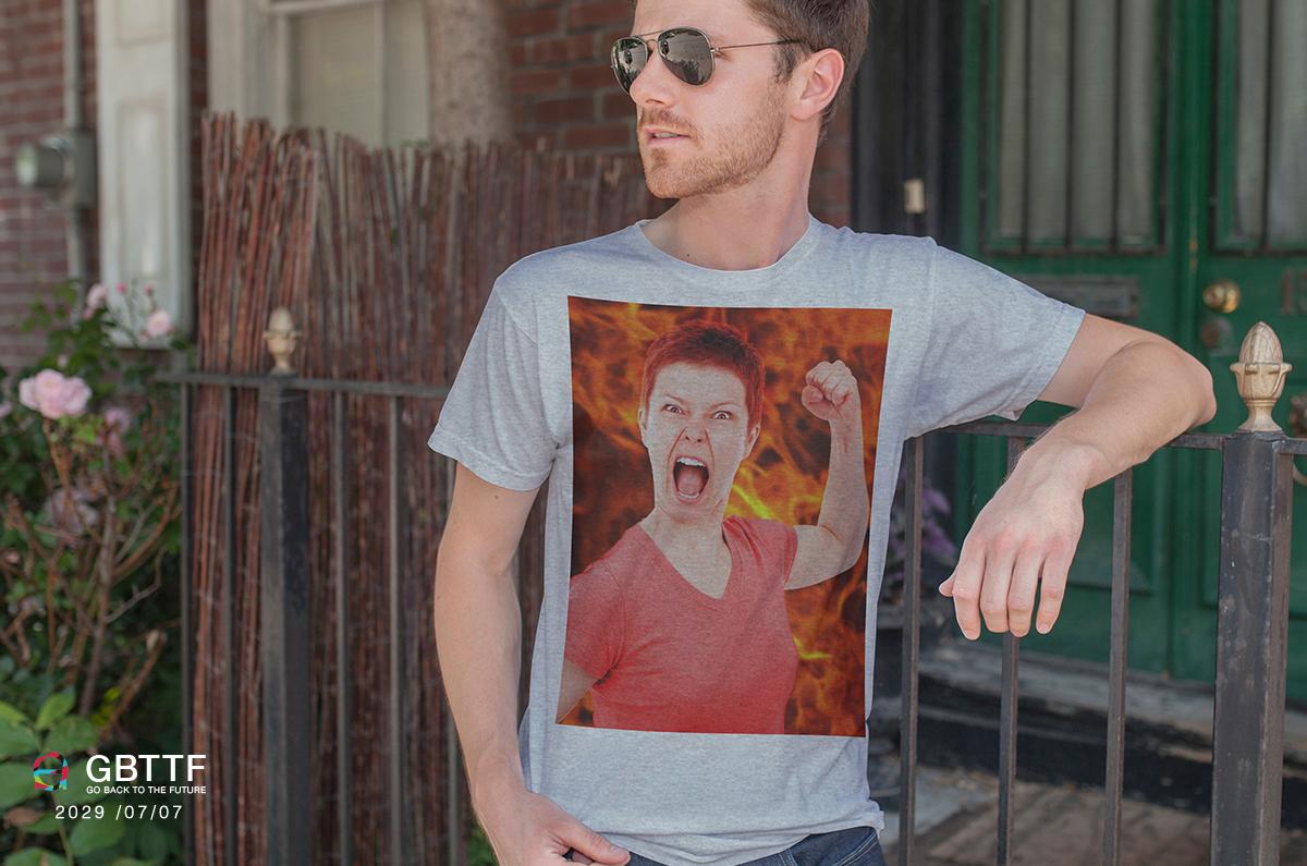 Tシャツ未来怒り
