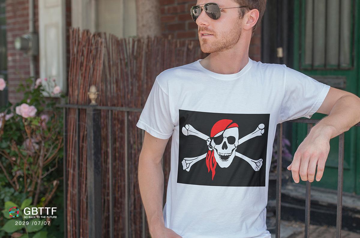 Tシャツ未来海賊